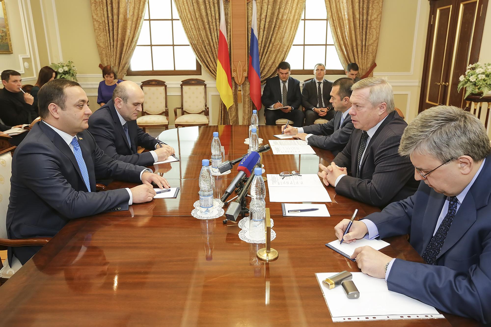 Республика Южная Осетия и Ростовская область намерены развивать экономические связи