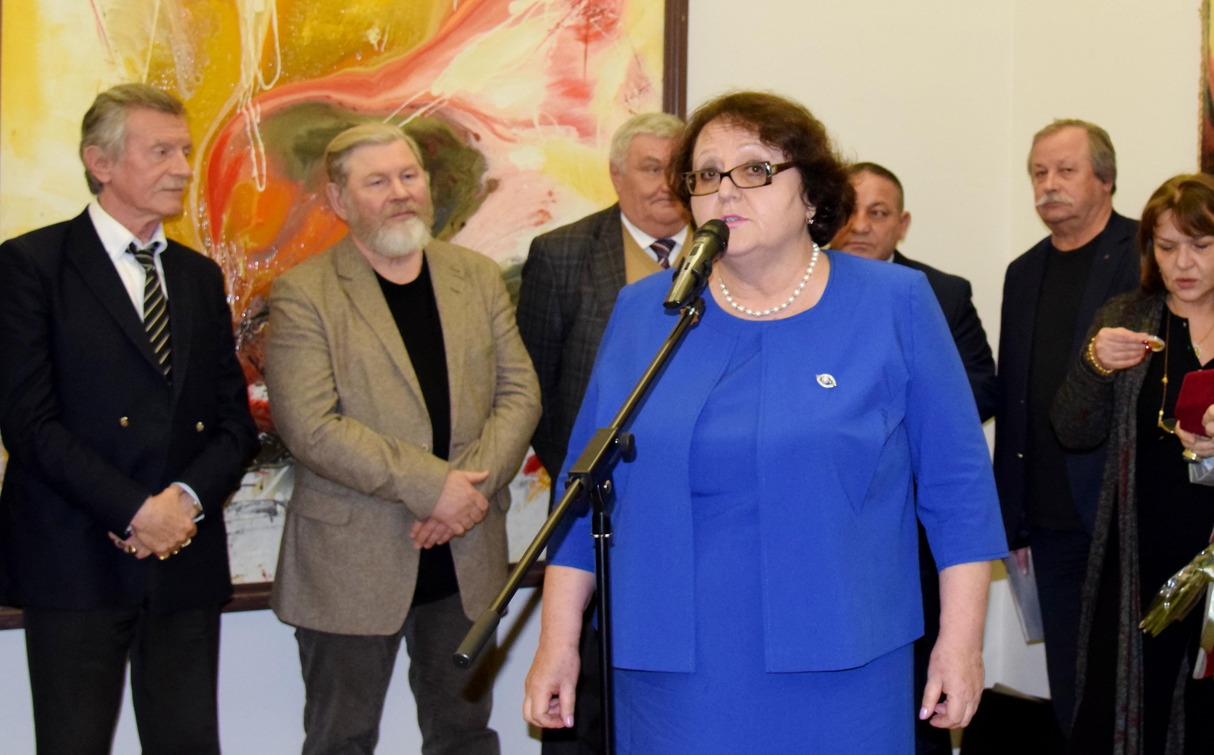 В Российской Академии художеств состоялось открытие выставки Ушанга Козаева