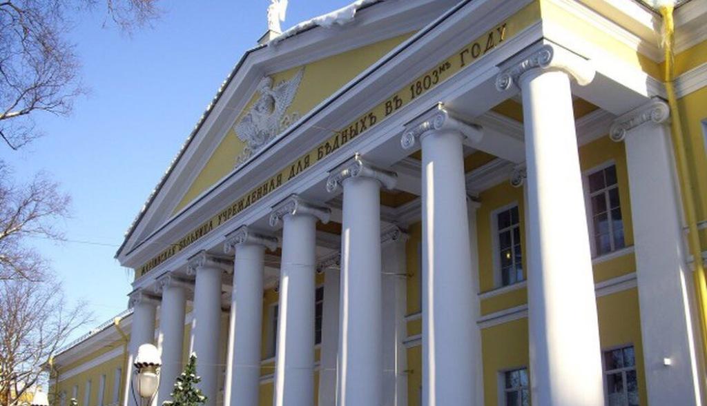 Сотрудники Посольства РЮО в РФ посетили Виталия Хасиева, пострадавшего в результате террористического акта в метрополитене Санкт-Петербурга