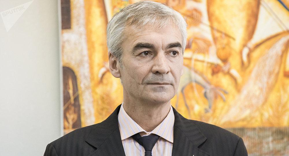 В Цхинвале при содействии Посольства Южной Осетии состоялась выставка Владимира Гобозова