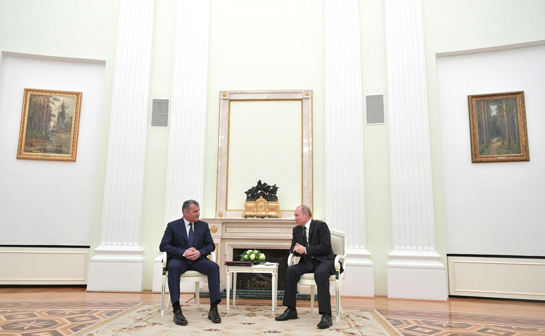 Переговоры Анатолия Бибилова и Владимира Путина